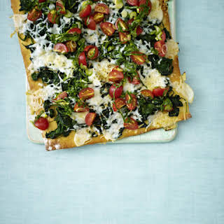 Spinach and Goat Cheese Pizza with Salsa.