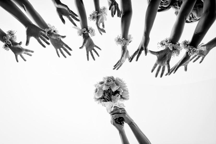 Wedding photographer Marius Barbulescu (mariusbarbulescu). Photo of 19.01.2016