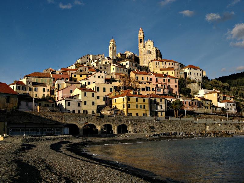 Borgo sul mare di donyb