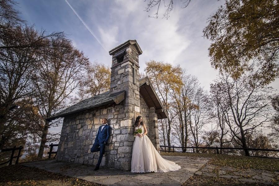 Fotograful de nuntă Marius Balan (fotoemotii). Fotografia din 30.11.2017