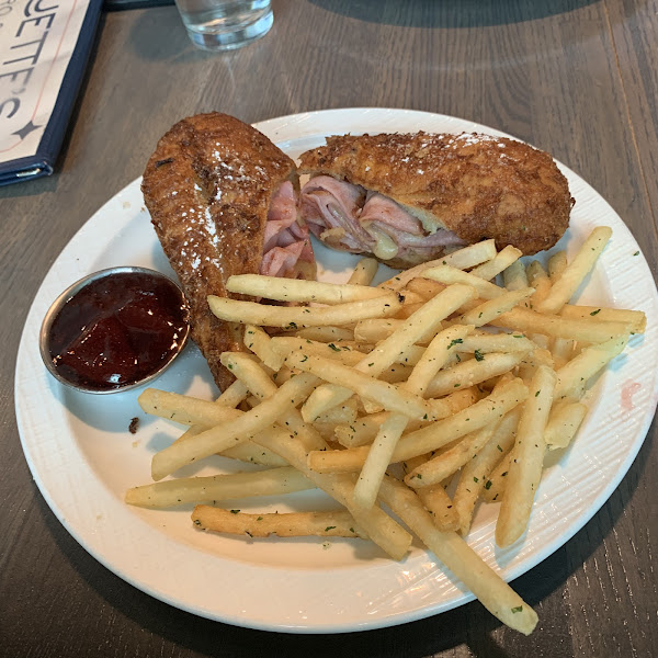 Monte Cristo sandwich with fries.