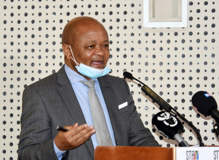 Public service and administration minister Senzo Mchunu has urged the Gauteng health department to act on the recommendations contained in a report by the ombudsman.