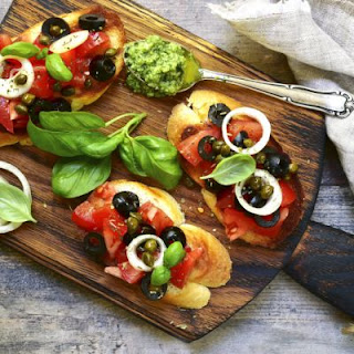 Scrumptious Veggie And Pesto Bruschetta