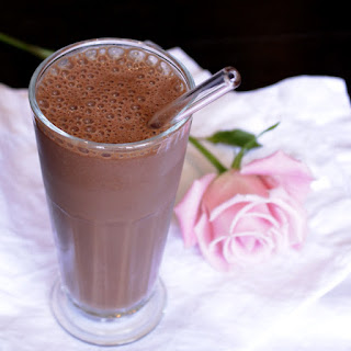 Chocolate Rose Maca Smoothie