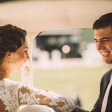 Wedding photographer Artur Asekov (arturiobro). Photo of 12.09.2014