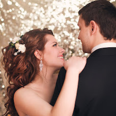 Wedding photographer Yuliya Volkova (JuliaElentari). Photo of 28.03.2015
