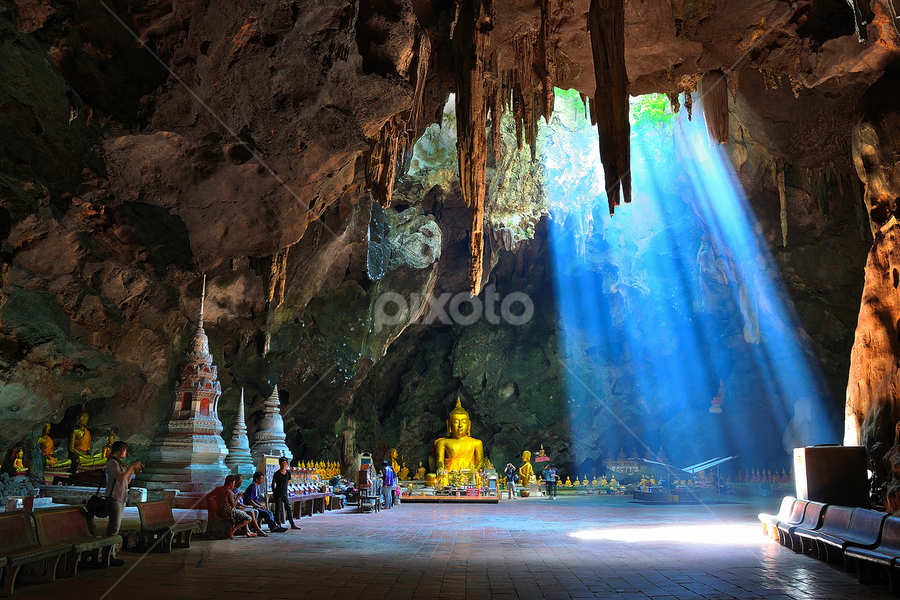 Light of dharma by Chatchai Lakamankong - Buildings & Architecture Statues & Monuments