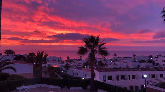 Los cielos del Levante se 'prenden' en un amanecer espectacular