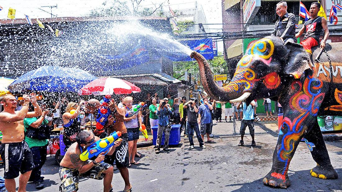 http://holidaysgenius.com/media/uploads/2015/11/songkran-1.jpg