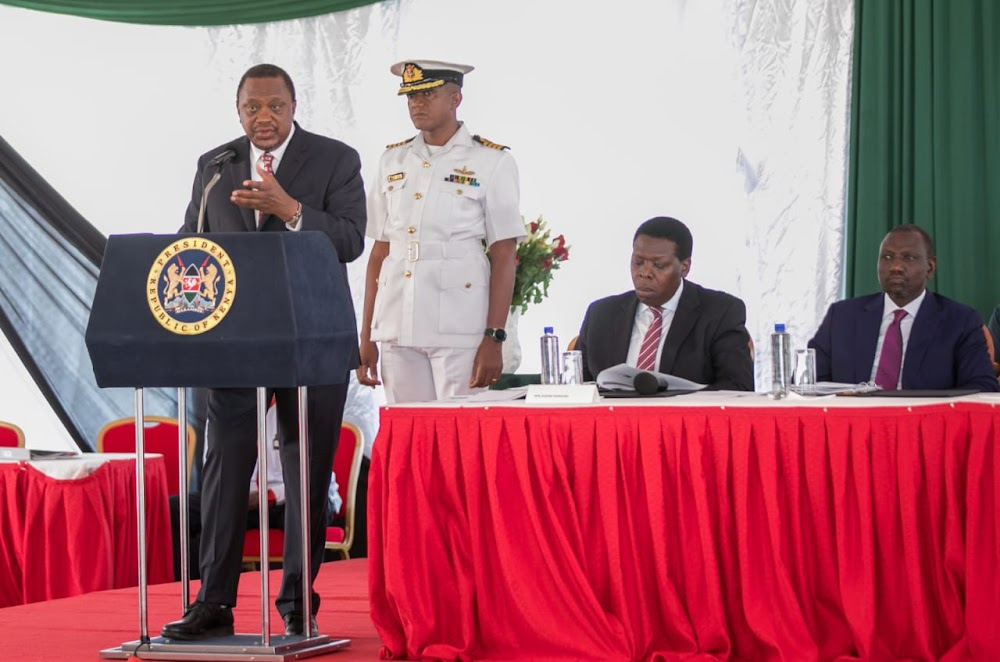 Uhuru asks governors to tame corruption and pending bills
