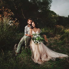 Wedding photographer Artem Popov (pro100artem). Photo of 03.08.2016