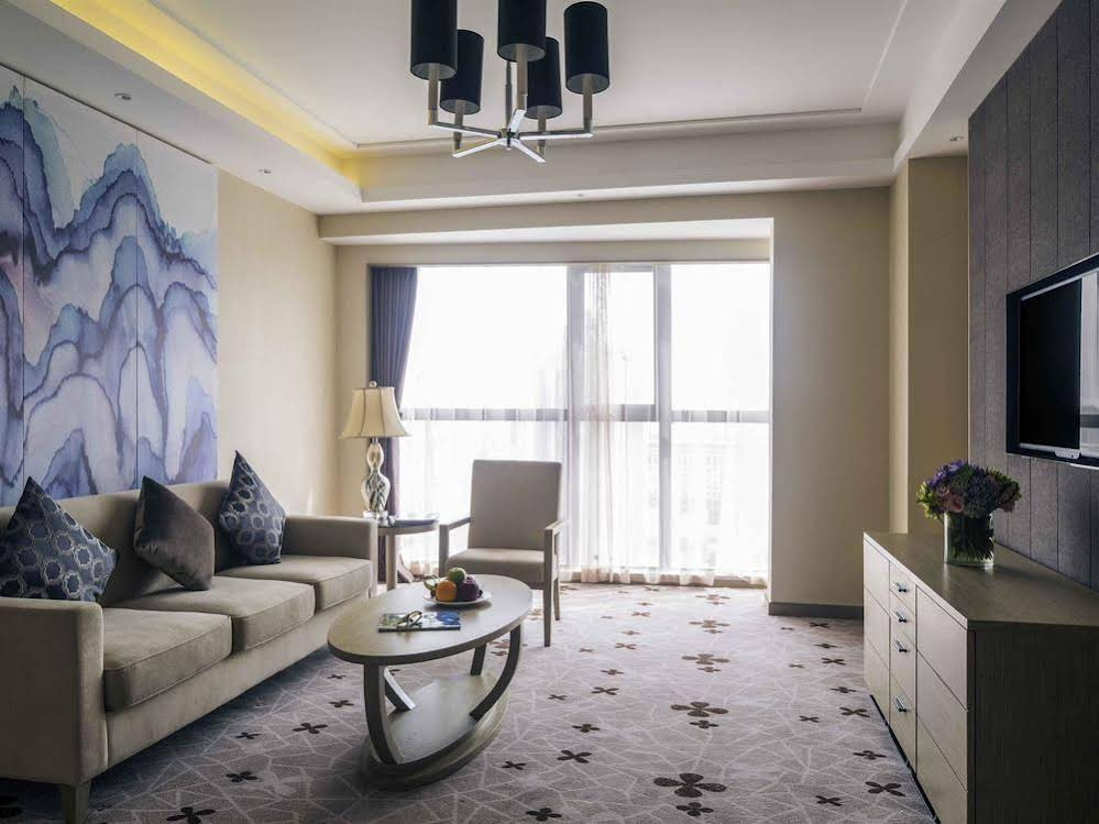Mercure Wuhan Changqing Park (opening October 2015)