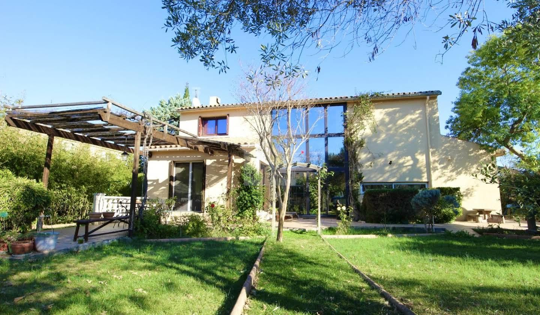 Villa avec piscine et terrasse Serignan