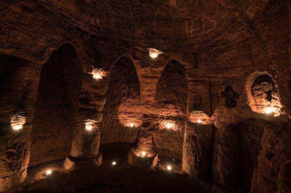 As misteriosas Cavernas de Caynton