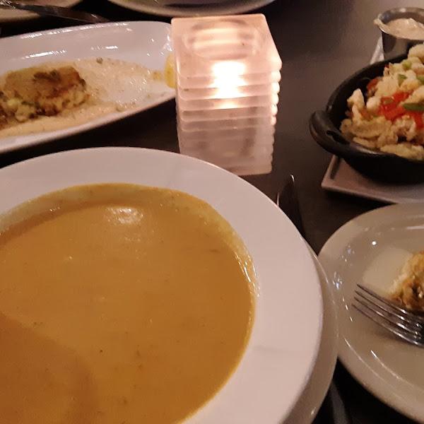Gluten Free feast of calamari, crab cakes, and soup at Venue
