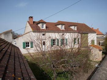 maison à Saint-Pont (03)