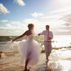 Wedding photographer Mikhail Borisov (Borisovm). Photo of 21.10.2014