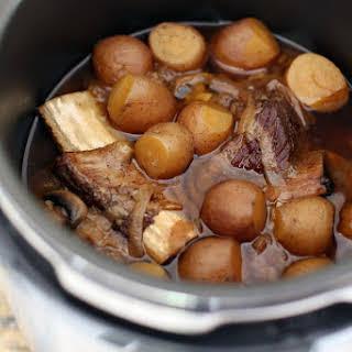 Pressure Cooker Beef Short Ribs.