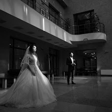 Wedding photographer Vadim Konovalenko (vadymsnow). Photo of 15.08.2018