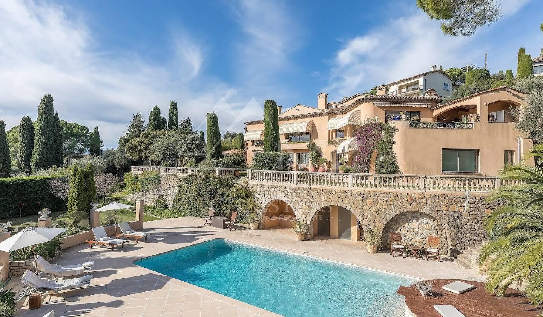 Villa with terrace Mougins