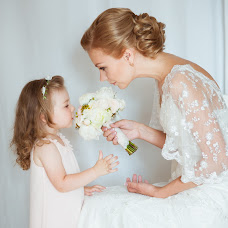 Wedding photographer Katya Nikitina (knikitina). Photo of 05.08.2014
