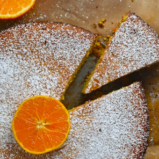 Low Carb Flourless Clementine Almond Cake.