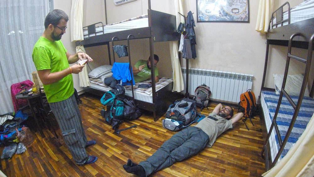Dia 35 – Privando com as famílias quirguizes da Aldeia SOS de BISHKEK  🇰🇬 | Crónicas do Rally Mongol