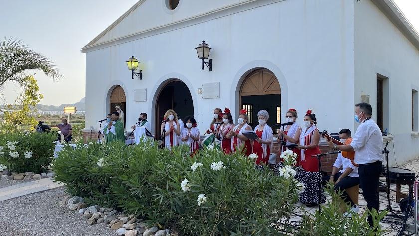 El Coro Rociero de Pulpí en la Misa en Honor a Nuestra Señora la Virgen del Carmen.