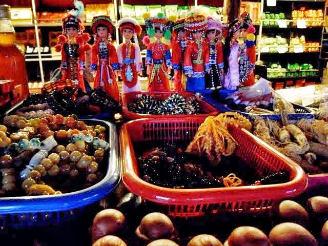 Pai chinese village shops, santichon village shops
