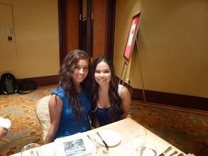 Photo: Lam Chai 's daughter Kaitlin (right) and friend Sarah