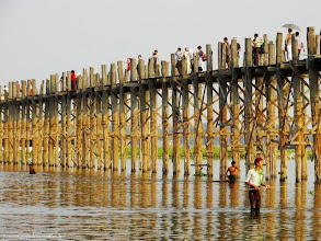 Photo: Birmanie-Amarâpura, L'U Bein's Bridge sur Taungthaman Lake.