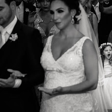 Wedding photographer Larissa Anholetti (anholetti). Photo of 10.12.2015