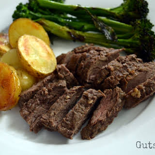 Paleo Grilled Beef Sirloin Tips, plus a review of ButcherBox subscription service.