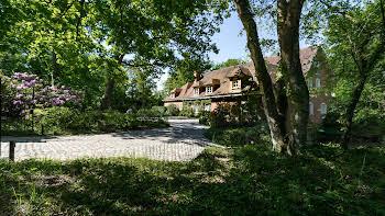 Villa 900 m2