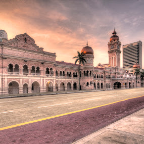 Sunrise of Sultan Abdul Samad Building by Edwin Ng - Buildings & Architecture Public & Historical ( sultan, dataran, merdeka, samad, abdul, historical, kuala lumpur, heritage )