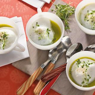 Zucchini-Cappuccino mit Kresse