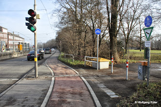 Photo: Gegenüber dem Wizemann-Areal an der Pragstraße B10 ist der gesamte Grünstreifen entlang des FFH-Rosensteinparks gefährdet. Etwas weiter unten soll der Rosenstein-Straßen-Tunnel durch den Zoo und durch den Park gegraben werden