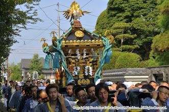 Photo: 【平成24年(2012) 本宮】  平成24年本宮の神輿渡御を開始。