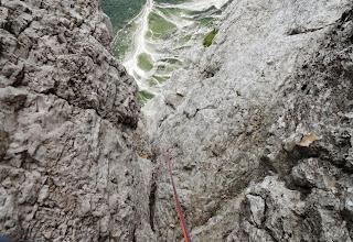 Photo: Poplezavam naprej od kamina, ki šteje oceno VI- in vidim...