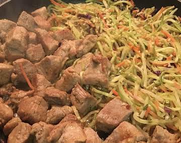 Pork Bites with Broccoli Coleslaw Mix in One Pot