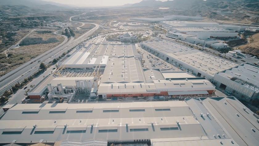 Grupo Cosentino suma más de 4.300 trabajadores