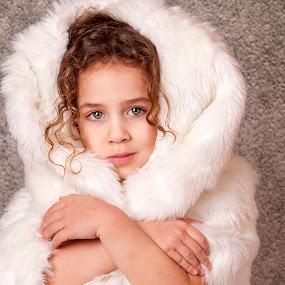 Dari by Anna Anastasova - Babies & Children Child Portraits ( girl child, winter, girl, white, portrait )