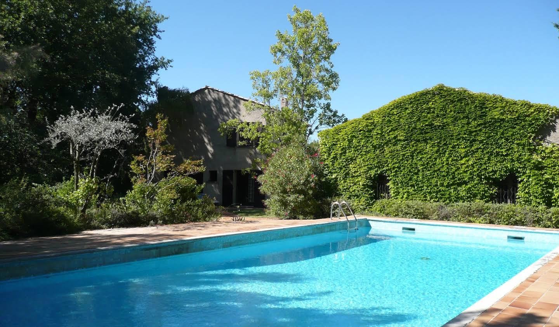Propriété avec piscine et jardin Séguret