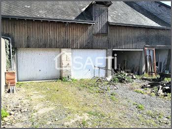 parking à Azay-le-Rideau (37)