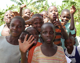 Photo: Kids from the neighbourhood are glad to see me