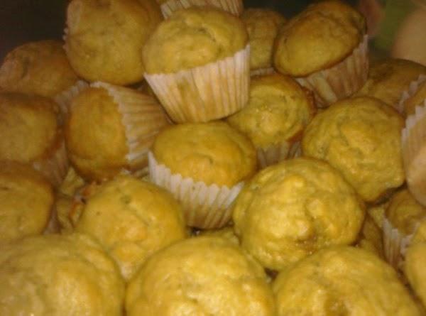 Banana Applesauce Muffins Recipe