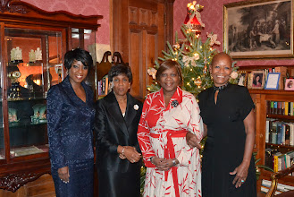 Photo: Cheryl Wills, NY1; Mrs. William Pollard, representing Medgar Edgars College; Rev. Dr. Valerie Oliver-Durrah, President/CEO of the Neighborhood Technical Assistance Clinic ( NTAC); Claudia Moran, Mistress and Owner, Victorian Mansion