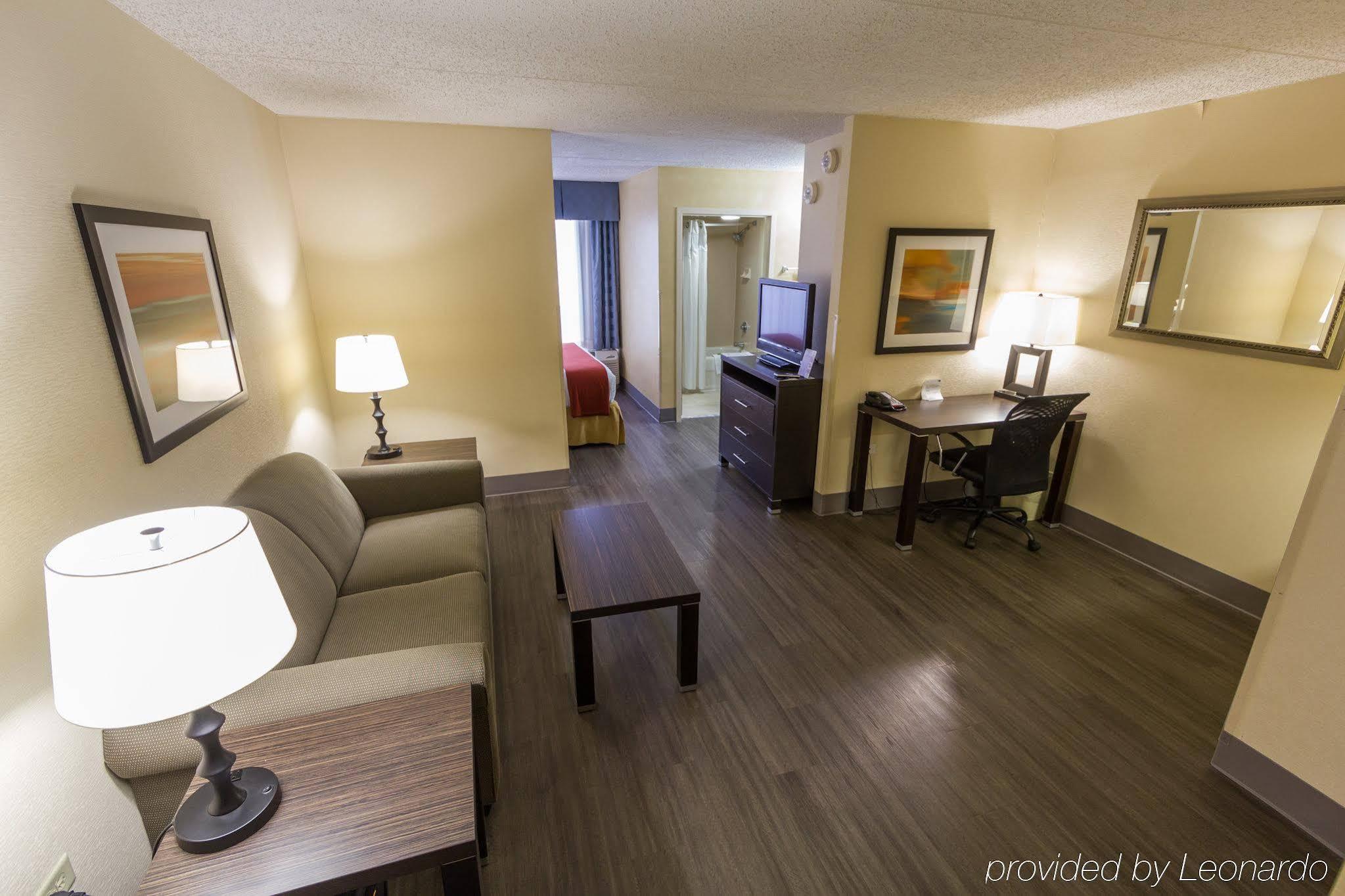 Holiday Inn Express Austin Airport