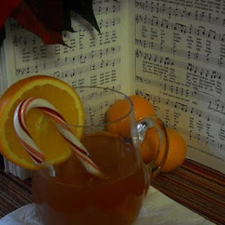 Carolers' Spiced Hot Apple Cider