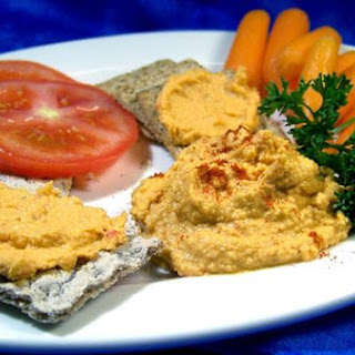 Lightened Roasted Red Pepper Hummus